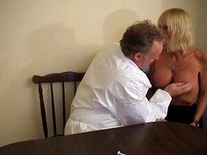 Frau lecken reife Reife Frau