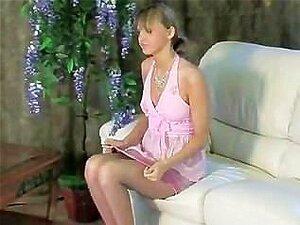 Mädchen Massage Schüchternes Lesbische Eine Versaute