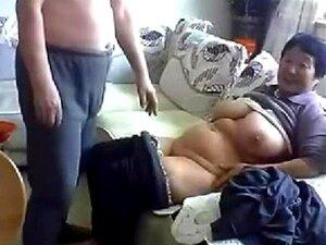 Chinesin nackt kleine kleine geile