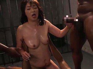 Japanisch Mädchen Schwarz Gangbang