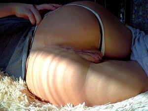 Deluxegirl se masturbe sa chatte bien crémeuse