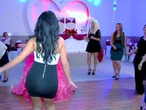 Amateur Schlampe Ehefrau Tanz
