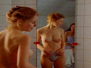 Scholz nackt theresa Theresa Scholze