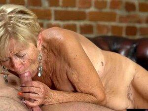 Sexbilder oma ▷ Kuss
